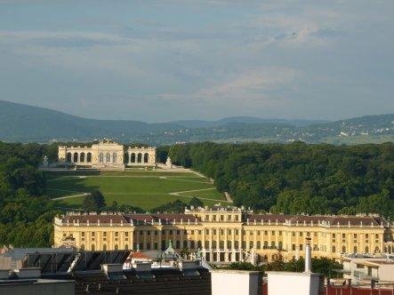 Ausblick auf Schönbrunn, ehemalige Sommerresidenz der Habsburger