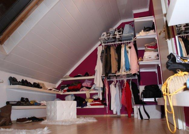 Wohnzimmer 39 ankleidezimmer 39 mein kleines reich zimmerschau - Wohnzimmer dachschrage ...