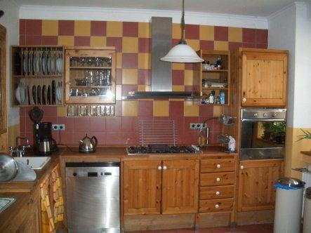 Die Küche bevor wir die Wand zum Esszimmer geöffnet haben