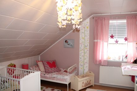 Kinderzimmer 'Claras und Mias Traumreich'