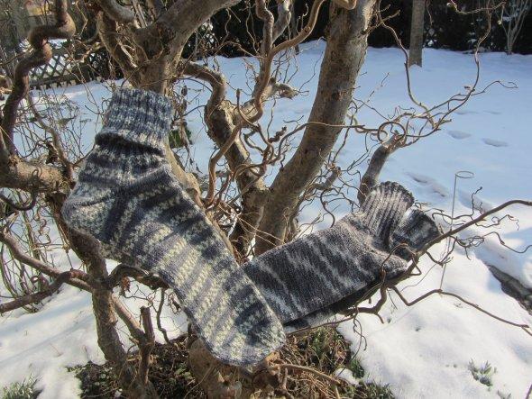 25.02.13   Die nächsten zwei Paar Socken sind fertig.