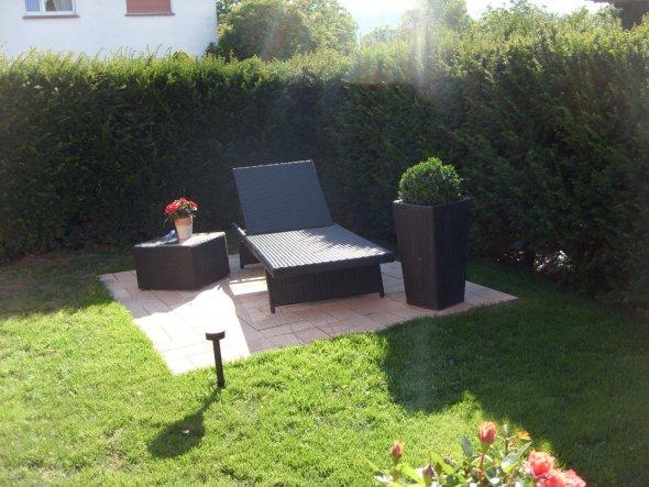 terrasse balkon 39 garten bzw terrasse 39 unser neues haus zimmerschau. Black Bedroom Furniture Sets. Home Design Ideas