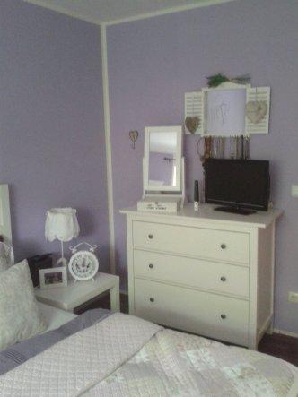 Das Schlafzimmer erstrahlt in neuem Glanz und neuer Farbe :-)