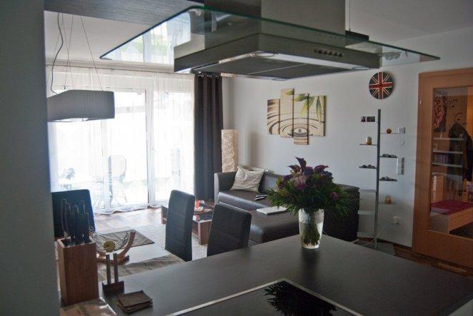 wohnzimmer 39 wohnk che 39 unsere erste gemeinsame wohnung von dawenth zimmerschau. Black Bedroom Furniture Sets. Home Design Ideas