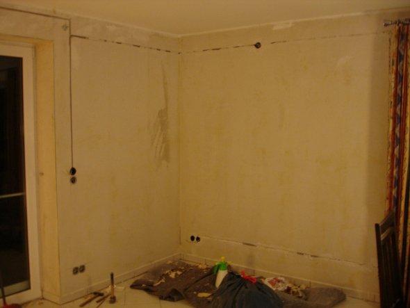 Mitten beim Renovieren im Wohnzimmer.
