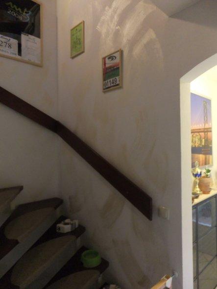 flur diele 39 flur treppenaufgang 39 von der stadt auf s. Black Bedroom Furniture Sets. Home Design Ideas