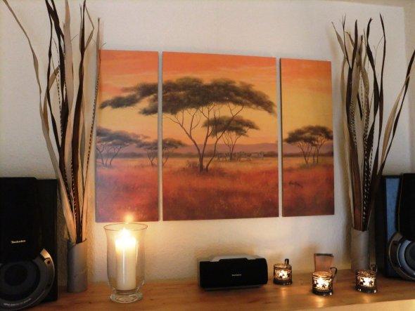 Das typische Afrika-  Bild ;) Weil es ein Geschenk meines Mannes zum Hochzeitstag war, darf es bleiben :D