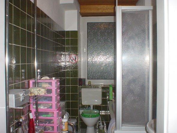 Tipp von dbellisd altes dunkles bad aufhellen zimmerschau for Altes bad renovieren