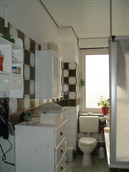 tipp von dbellisd altes dunkles bad aufhellen zimmerschau. Black Bedroom Furniture Sets. Home Design Ideas