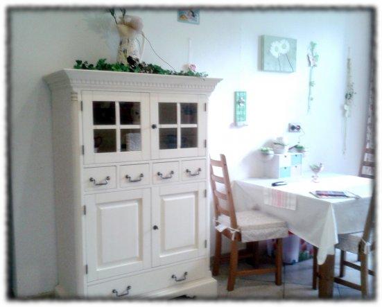 k che 39 k che 39 haus g nsebl mchen zimmerschau. Black Bedroom Furniture Sets. Home Design Ideas