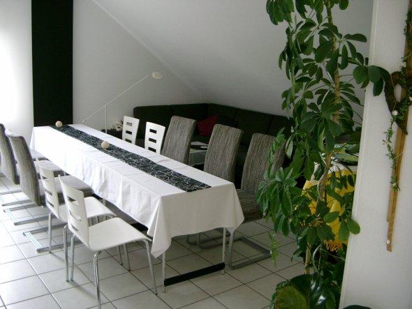 wohnzimmer 39 ess wohnzimmer g ste wc 39 gartengl ck. Black Bedroom Furniture Sets. Home Design Ideas