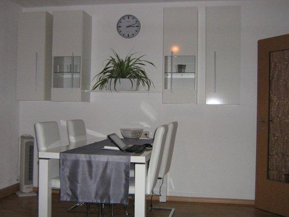 design : wohnzimmer grün grau lila ~ inspirierende bilder von ... - Wohnzimmer Grun Grau Lila