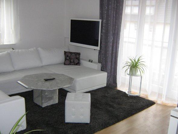 wohnzimmer mein domizil mit neuen farben von difire 30275 zimmerschau. Black Bedroom Furniture Sets. Home Design Ideas