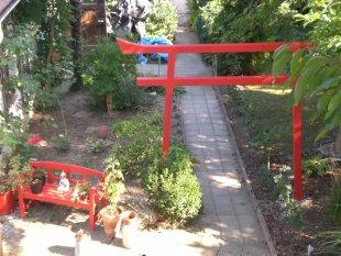 Vorgarten und Garten
