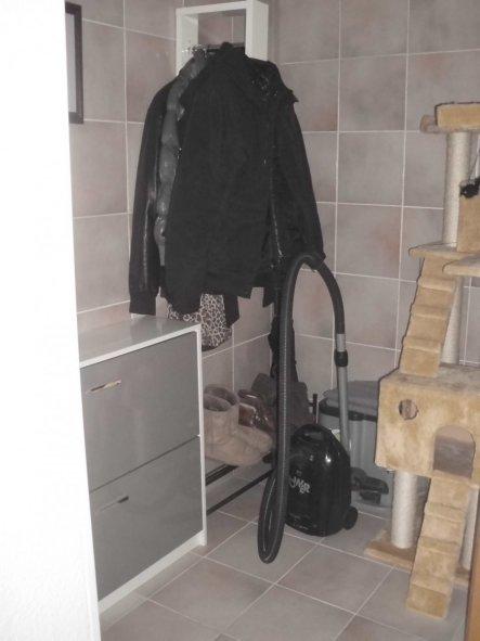 flur diele 39 flur 39 unser kleines heim zimmerschau. Black Bedroom Furniture Sets. Home Design Ideas