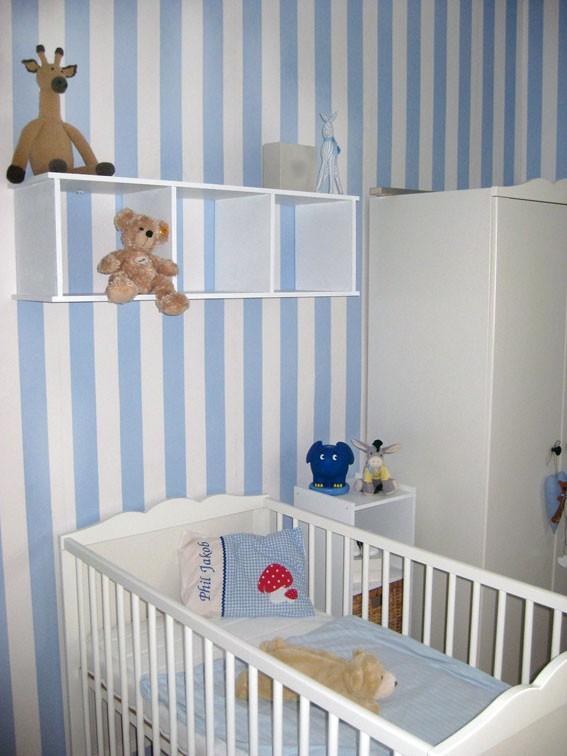 Stunning Kinderzimmer Blau Wei Streichen Pictures - Die schönsten ...