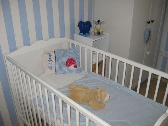 kinderzimmer 39 baby zimmer 39 mein domizil zimmerschau. Black Bedroom Furniture Sets. Home Design Ideas