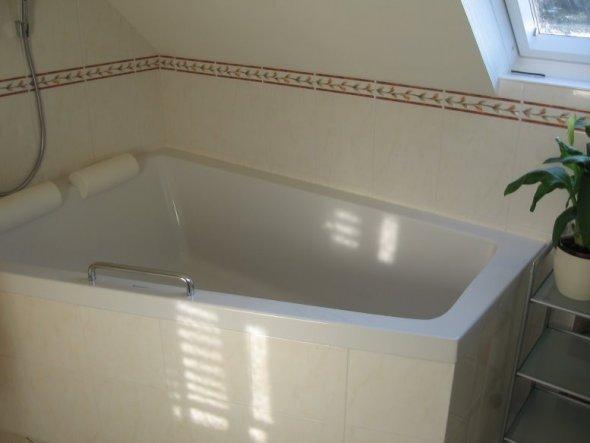 Bad 39 badezimmer obergeschoss 39 mein zuhause zimmerschau for Mein badezimmer