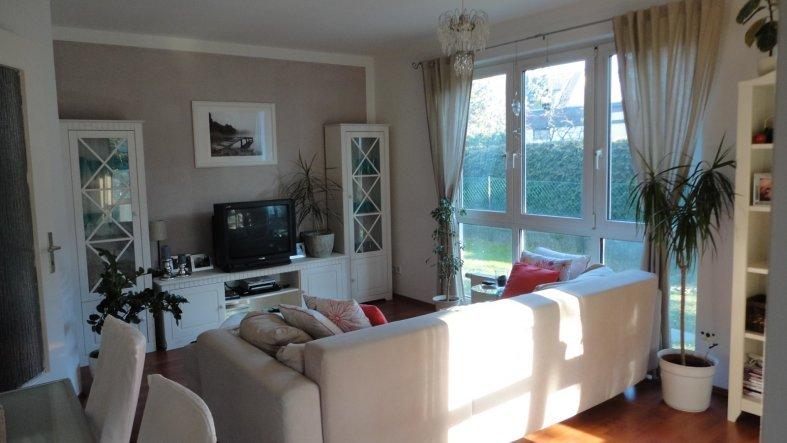 wohnzimmer 39 wohnzimmer 39 fr hlich s zimmerschau. Black Bedroom Furniture Sets. Home Design Ideas