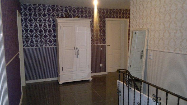 Türen sind ausgetauscht, gliech ganz anderes Bild... Viele Möbelstücke fehlen immer noch... kommt :-)