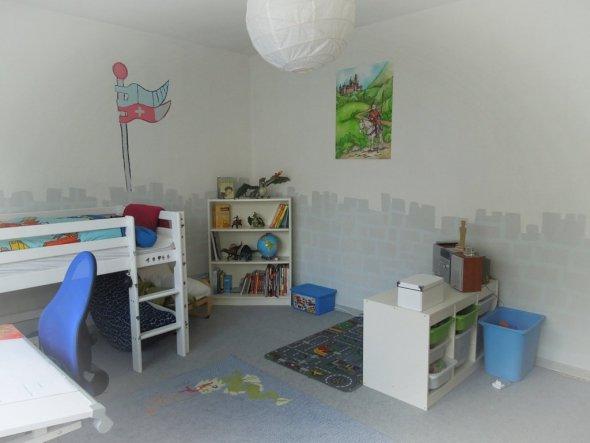 Kinderzimmer 39 das ritterzimmer 39 filaye 39 s zuhause for Zimmer dekoration kinderzimmer