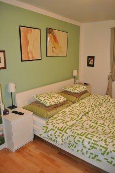 Schlafzimmer alt/neu