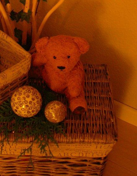 Diesen Teddy habe ich vor Jahren zur Geburt meiner Tochter selber gemacht.