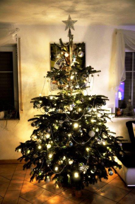 weihnachtsdeko 39 weihnachten 39 das haus der hausi s zimmerschau. Black Bedroom Furniture Sets. Home Design Ideas