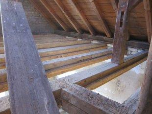 Innenansichten Anbau 2.Stock /Giebel