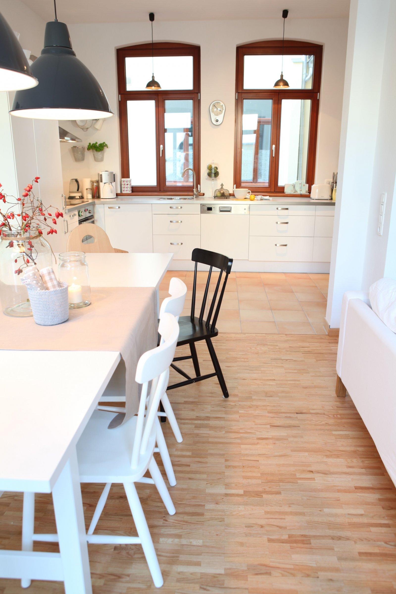 pin skandinavische k che wei und holz design on pinterest. Black Bedroom Furniture Sets. Home Design Ideas