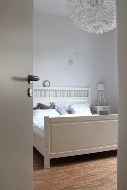 schlafzimmer 39 schlafzimmer 39 die neue wohnung brittli zimmerschau. Black Bedroom Furniture Sets. Home Design Ideas