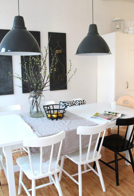 esszimmer 'esszimmer' - die neue wohnung - zimmerschau - Esszimmer Design Schwarz Weis Kontraste