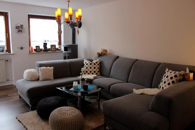 kleines wohnzimmer mit essbereich modern einrichten beige wei h ...