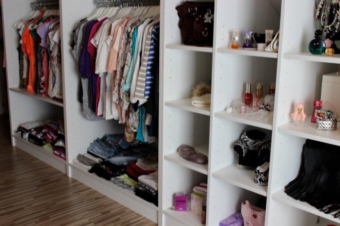 Schmuck, Parfums, Klamotten... Was will Frau mehr :)