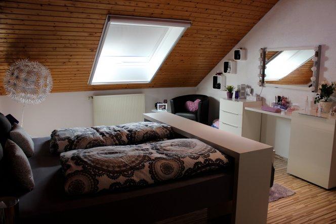 Schlafzimmer 'Schlaf (t) raum'