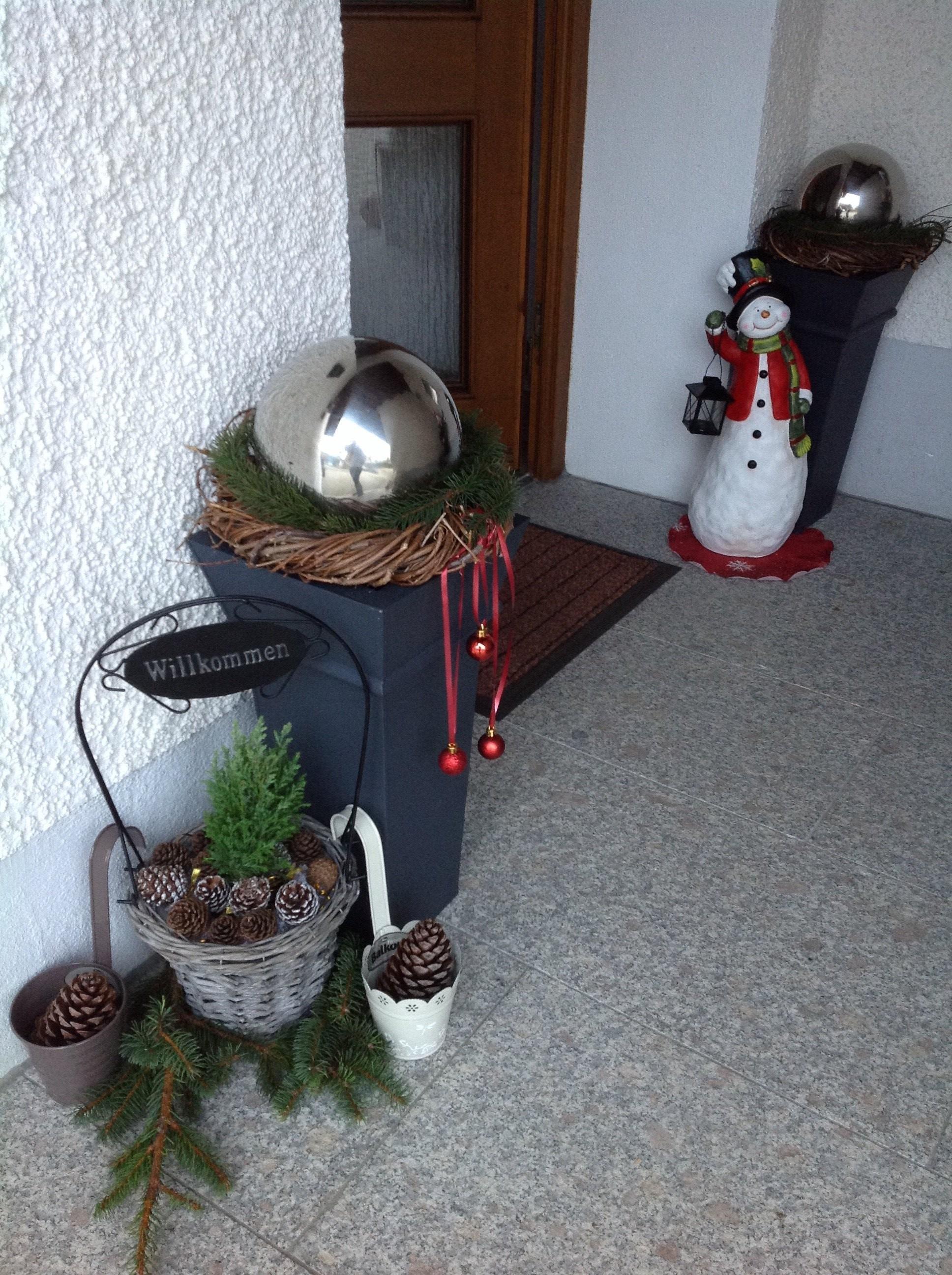 deko 39 weihnachtsdeko drau en 39 unser geschenktes eigentum danke omii zimmerschau. Black Bedroom Furniture Sets. Home Design Ideas