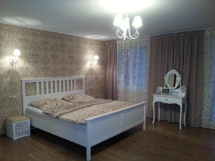 Schlafzimmer 'Schlafzimmer in weiß'