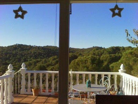 Die Terrassentüren habe ich nur mit ein paar flauschigen Sternen dekoriert.