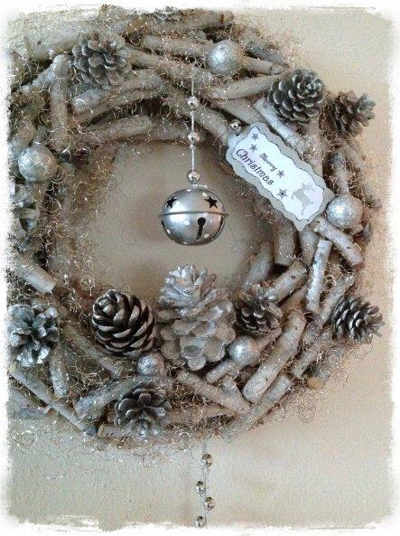 Weihnachtsdeko lovelyhome von lovelyhome 34618 zimmerschau - Holzkranz dekorieren ...