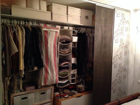 So spart man den Kleiderschrank und hat so auch viel mehr Platz.