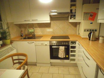 Die  Therme war auch im weg in dieser Mini Küche :(