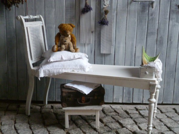 Deko 'http://de.dawanda.com/product/68713207-Vintage-Stuhlbank-inc-KaestchenMein Raum'