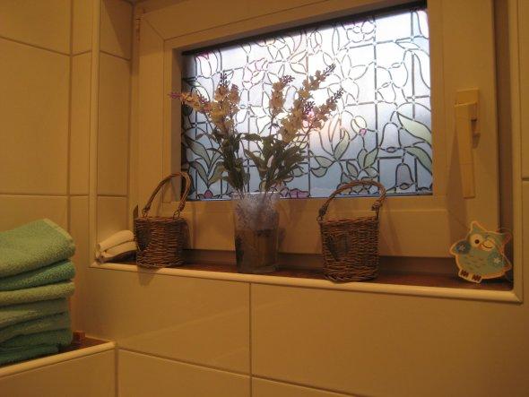 Sowohl auf der Schublade, als auch auf dem Glas, habe ich die selben Servietten für die Serviettentechnik benutzt.
