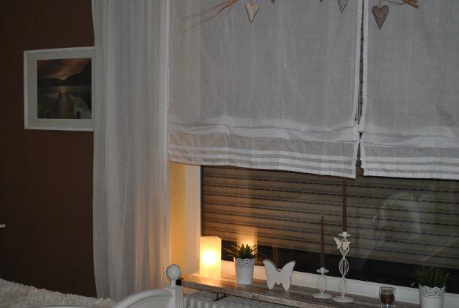 Schlafzimmer 'Schlafzimmerschr. weiß gestrichen....'