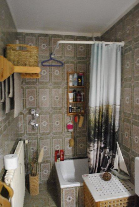 So sah unser Bad 17 Jahre lang aus :-(
