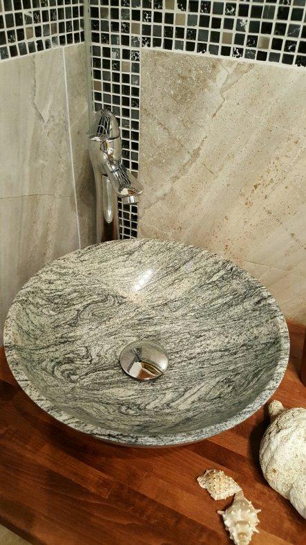 Aufsatzwaschbecken aus Granit