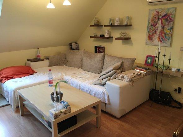 wohnzimmer 39 entspannung 39 unser traum vom vier seiten hof. Black Bedroom Furniture Sets. Home Design Ideas