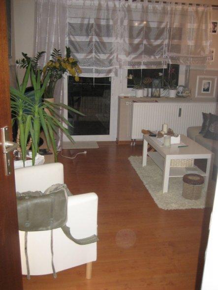 Wohnzimmer 39 mein neues wohlf hl zimmer 39 mein kleines reich zimmerschau - Neues wohnzimmer ...