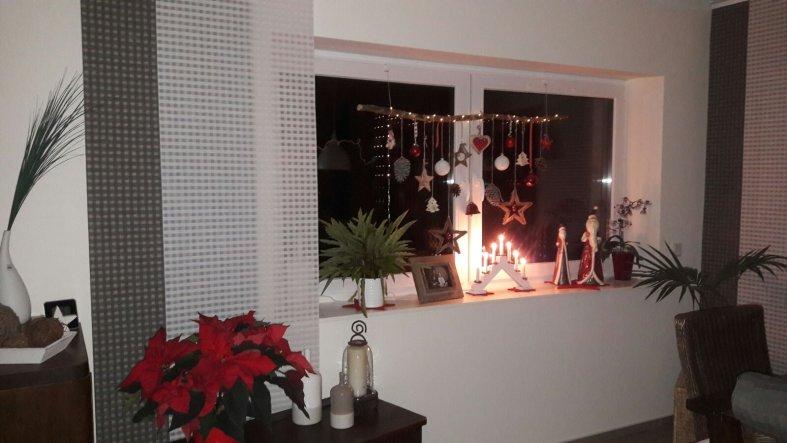 Weihnachtsdeko 'Weihnachten im Haus'