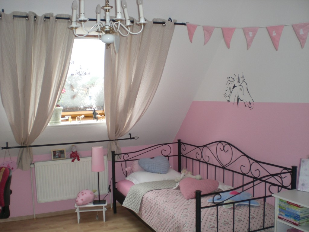 kinderzimmer 39 m dchenzimmer 39 my home is my castle. Black Bedroom Furniture Sets. Home Design Ideas